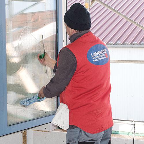 Glas Gebäudereiniger – Professionelle Fensterreinigung vom Meisterbetrieb mit über 65 Jahren Erfahrung