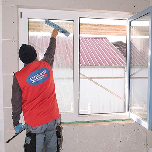 Glasreinigung vom Meisterbetrieb – Professionelle Fensterreinigung – schnell, effizient und zuverlässig – bis zu 23m Höhe oder mehr