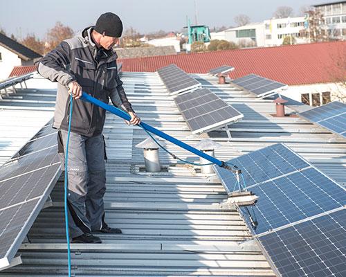 Photovoltaik Reinigung vom Profi Langlotz in Friesenheim – für eine maximale Rentabilität